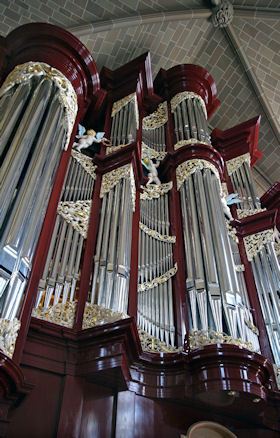 Fritts pipe organ, , St Joseph's Cathedral, Columbus, OH, wood carver Jude Fritts