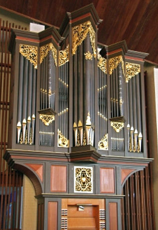 Fritts pipe organ, All Soul's Episcopal Church, San Diego, CA, wood carver Jude Fritts